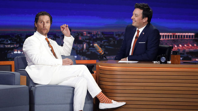 Jimmy Fallon visits Texas, helps Matthew McConaughey shoot his first…