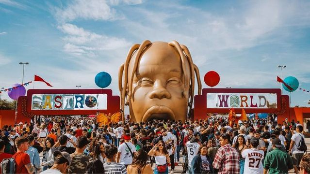 Three people suffer minor injuries trying to enter Astroworld Fest,…