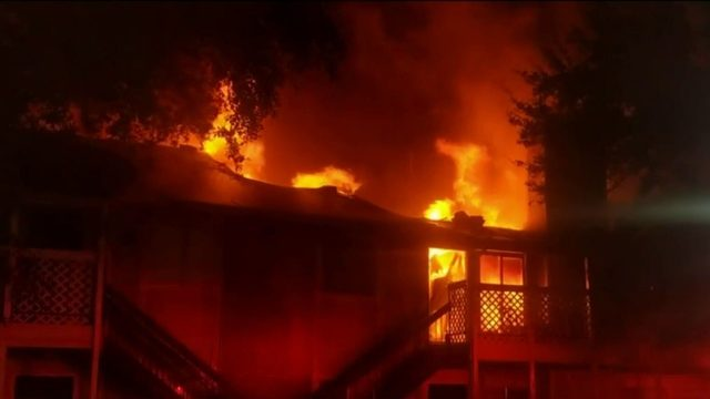 2-alarm fire destroys several units at apartment complex in north Harris…