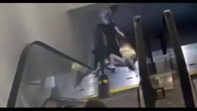 VIDEO: Man drags woman down escalator in The Galleria during purse snatching